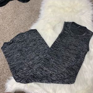 Grey knit Wilfred free Aritzia midi dress size XXS